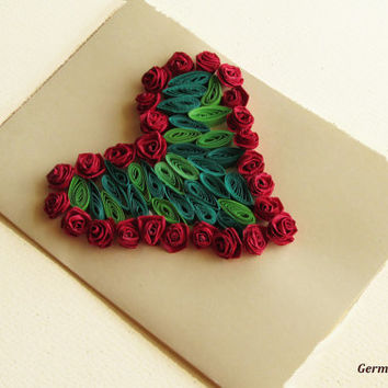 Quilling card Love heart, the perfect romantic Valentine's day gift, yellow base, red roses