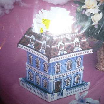 Needlecraft Ala Mode Victorian House Pop-Up Tissue Box Cover Kit Plastic Canvas