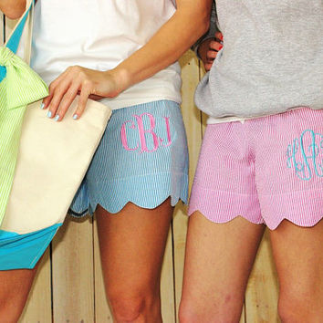 Monogrammed Seerucker lounge shorts