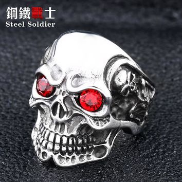 Steel soldier hot sale 2018 punk hip hop skull red stone ring titanium steel charms  skeleton jewelry