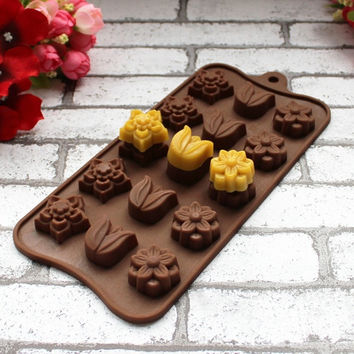 DIY Baking Tool Flower Shape Silicone Sweet Candy Jelly Fondant Cake Pan Chocolate Mould Decal (Size: 21cm by 10cm) = 5658098497