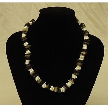 Shell Necklace Barrel Clasp 18 in