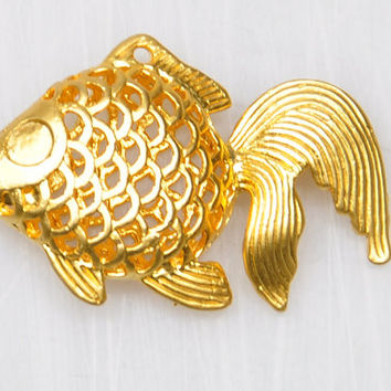 1 Piece Gold Plated Metal Goldfish Pendant, Gold Plated Fish Charm, Jewelry Findings, Jewelry Supply