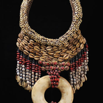 Currency Disc Shell Necklace Papua Traditional Shell Adornment Trade/Wealth/Medium Exchange Shell Ring Ceremonial Dance Fringe Necklace