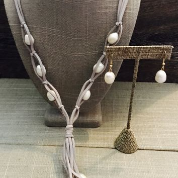 Gray Leather Freshwater Pearl Necklace