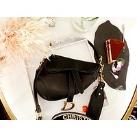 Dior Tide brand female models personality wild fashion one shoulder slung female bag saddle bag black