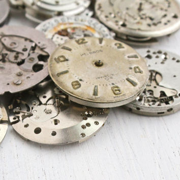 Vintage & Antique Watch Movement Lot - 10 Clock Pieces for Parts, Jewelry Making - Seiko, Bulova, Helbros, Timex / Round Steampunk Supplies