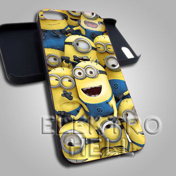 despicable me minion - iPhone 4/4s/5 Case - Samsung Galaxy S3/S4 Case - Black or White