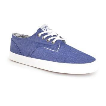 Athletic-chic lace up converse