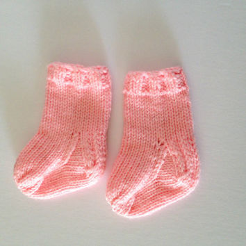 knit baby socks, baby girl clothes, pink socks, 6 months old, infant socks, baby gift, baby booties, 6 month girl, handknit socks, baby girl