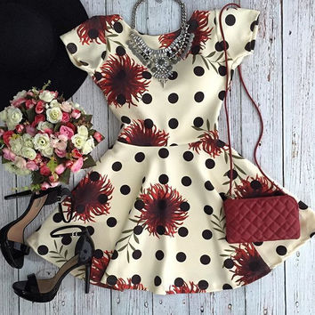 Summer Hot Sale Slim Stylish Floral One Piece Dress [6047946881]