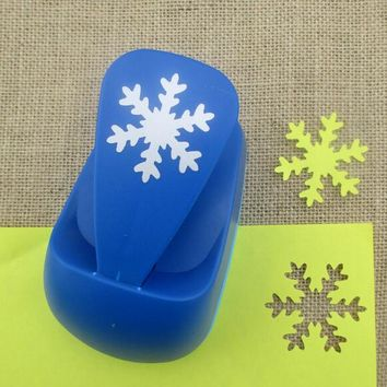free ship 2''50mm Snowflakes craft punches furador Super Large Shaper Punch Scrapbooking Paper Punch large Punch DIY Toy S2881