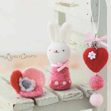 Japanese Needle Wool Felt DIY Kit - Heart Strap, Flower Brooch, Rabbit - Kawaii Hamanaka - F01