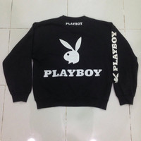 Vintage Playboy sweatshirt spellout big logo/black/large/trending/fashion/jappanesse style Medium size