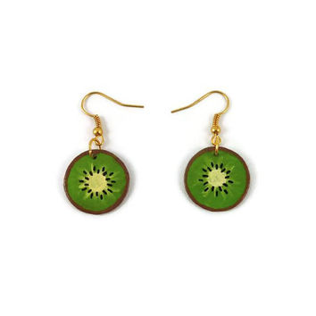 Kiwi slices earrings, green and brown fruits dangle earrings, painted plastic fancy gourmand earrings (recycled CD), woman gift idea