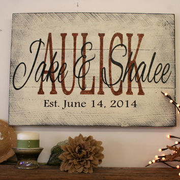 Personalized Name Sign Custom Name Sign Pallet Sign Wedding Gift Bridal Shower Gift Vintage Wood Sign Shabby Chic Housewarming Gift