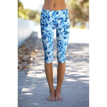 Whisper Ellie Blue Floral Performance Capri Leggings Yoga Pants - Women