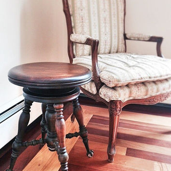 Antique Claw Foot Piano Stool / Wooden Tonk Stool With Adjustable Cast Iron Base