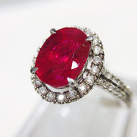 Gorgeous Platinum Ring with Natural Ruby 4.67cts