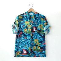 vintage Hawaiian shirt. Surfer shirt. tropical resort wear.