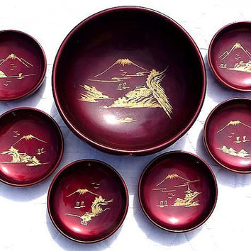 Meiji Period 1868 - 1912 JAPAN 1 Serving 6 Salad Bowls Red Lacquer Serving Bowl Set Gold Mt Fuji Views Circa Monkey Wood