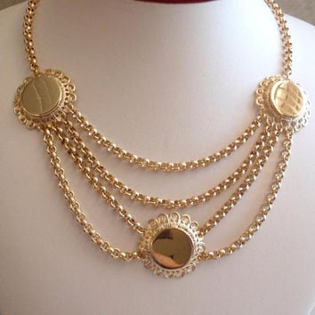 Gold Festoon Necklace Chain Medallion Bottle Cap Adjustable Vintage E0115