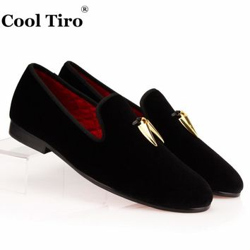 COOL TIRO Black Velvet Slippers With Gold Shark Tooth Tassel Loafers Men's Flats Wedding and Party Men Dress shoes British style