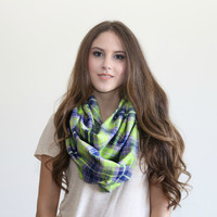 Green Plaid Infinity scarf, Warm winter Infinity Scarf, Plaid flannel scarf