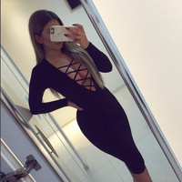 2016 Autumn New Style Fashion Women Long Sleeve Front Chest Cross Strap V-neck Package Hip Dress Slim Solid Bodycon Dress X0387