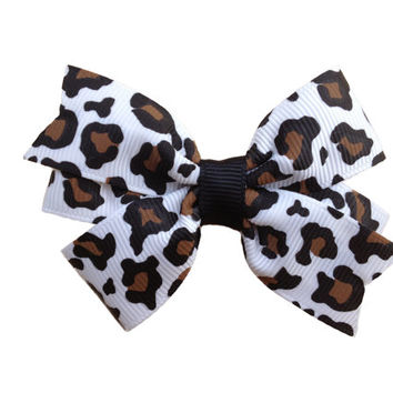 ON SALE 20% OFF Adorable leopard print hair bow