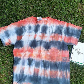 Free shipping. Medium youth unisex crew neck tie dye T-shirt horizontal stripes orange, black, white