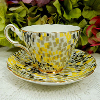Beautiful Vintage Grosvenor Art Deco Porcelain Bone China Cup & Saucer
