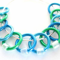 Medium Stitch Markers for knitting | Stitchmarkers | Hand made stitch markers | Knitting accessories | blue & green rings | #0590