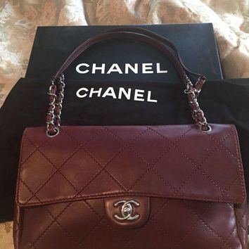 DCCKUG3 Authentic Chanel Burgundy Quilted Calf Leather Women's Shoulder Bag