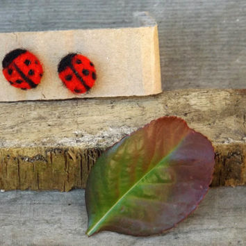 Ledybug ooak felted couple of earrings inspired by nature, red and black polka dot.