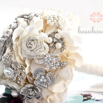 Bridal Bouquet DEPOSIT Made of Rhinestone Brooches LARGE Size Crystal Brooch Heirloom Bridal Bouquet
