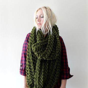 Huge Infinity Scarf- Dark Green