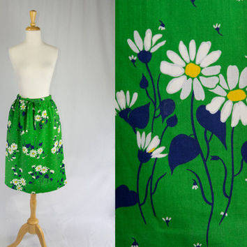 Vintage 1970's Skirt Daisy Floral Print Too Cute L