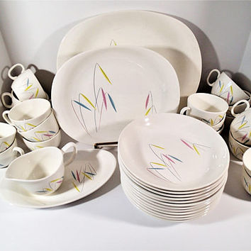 Paden Preview vintage dinnerware 34 pc set blue green & pink leaves Mid Century Modern design, platters, coupe bowls, creamer, cups, relish