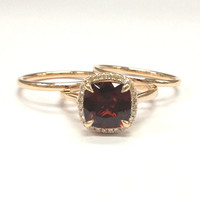 Garnet Wedding Ring Set!Diamond Engagement Ring 14K Rose Gold,8mm Cushion Cut Red Garnet,Claw Prongs,Stackable Matching Band,Bridal rings