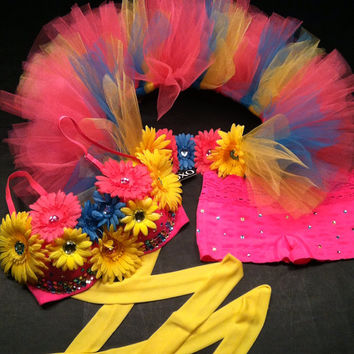 EDC, rhinestone & daisy Rave, Hippie, costume, dance, festival pink lace decorated bra top, bustle (1/2 tutu) and shorts rave  outfit