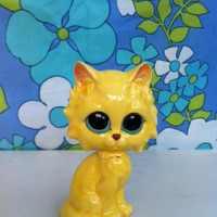 Kitsch, sad cat, figurine!! Retro, big-eye, made in Japan, pity kitty! MeOw!