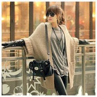 Street Fashion Style Double Pocket Bat-Wing Sleeves Light Grey Long Sleeves Acrylic Coat For Women China Wholesale - Everbuying.com