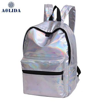 2017 New fashion hologram laser silver backpack female student pu leather school holographic daypack girl mochila waterproof