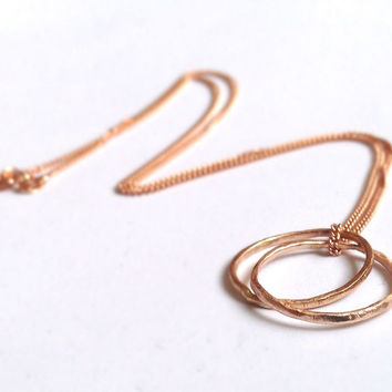 Rose Gold Circles Pendant - 18 Carat Solid Gold - Hammered Organic Texture - Interlocking Rings Loop Links -Family Necklace - Mum Mom Mother