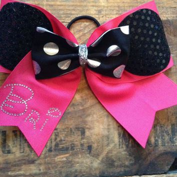 Cheer Bow-Cutie Me Me bow with Personalization. Max 5 letters.