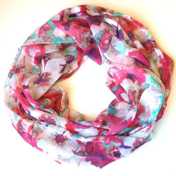 Coral & Pink Floral Crinkle Chiffon Infinity Scarf Womens Fashion Floral Scarves Girls Summer Scarf with Flowers Lightweight Chiffon Scarf