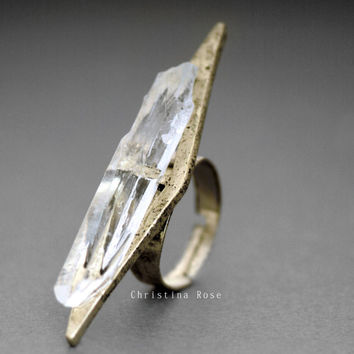 RAW CRYSTAL CHEVRON Ring, Edgy Natural Stone Ring,Bright or Vintage Gold Adjustable Band