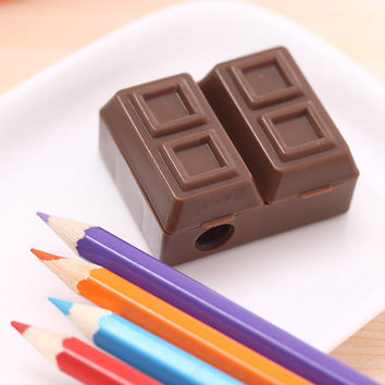 Lovely Creative Chocolate Plastic Pencil Sharpener With Eraser For Kids School Supplies Korean Stationery Free Shipping 484