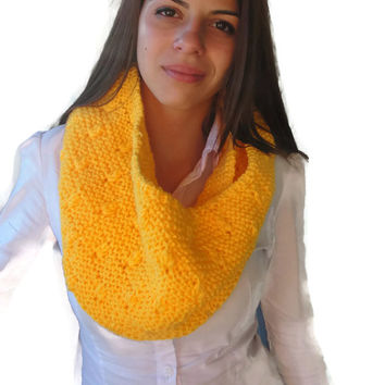 Soft and warm hand knit infinity circle lady's scarf cablle collar cowl